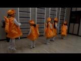 Танец белочек на новогоднем вечере в нашем центре